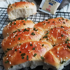 香葱沙拉小面包
