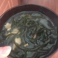 驱寒海带肉片汤