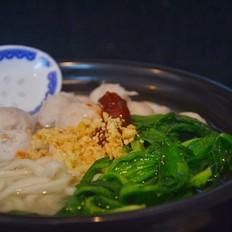 潮汕肉丸茼蒿清湯面