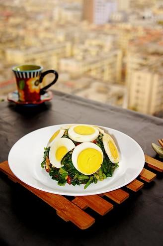 麻将菠菜拌鸡蛋的做法