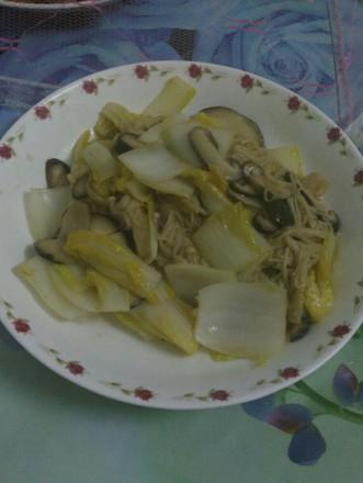 白菜炒双菇的做法