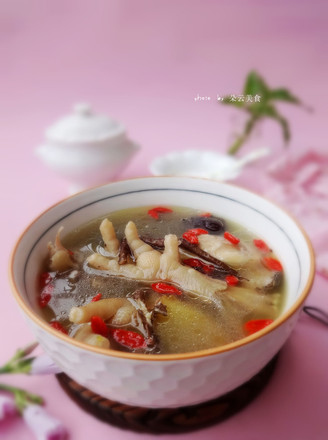 苏泊尔·中华炽陶红枣当归炖鸡汤的做法