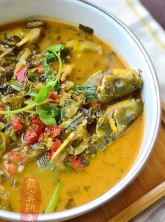 盐酸菜煮黄腊丁的做法