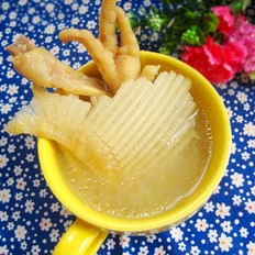 雞肉煲魚翅骨湯