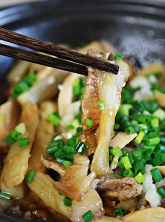 鸡肉肠五香花腩茄子煲的做法