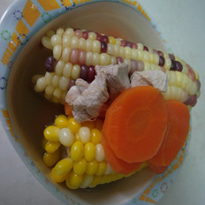 玉米胡萝卜瘦肉汤