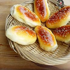 瓜拖子怎么做芝麻肉松面包的做法
