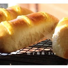 葡萄干芝士面包