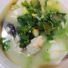 面疙瘩鯽魚湯