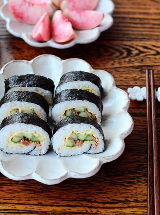 金枪鱼紫菜包饭的做法