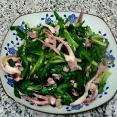 韭菜炒魷魚