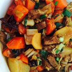 土豆胡蘿卜煨羊肉