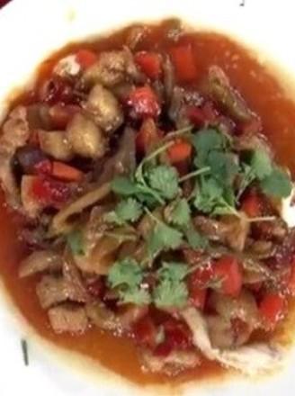 剁椒肉丁榨菜清江鱼片
