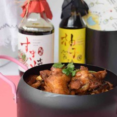一款更适合制作中国美食的寿喜锅酱油-翅根焖锅