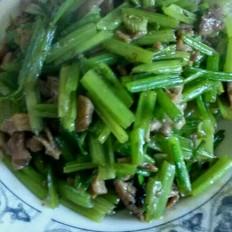 芹菜炒肉絲