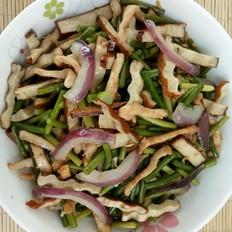 雞肉蒜苔炒豆干