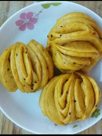 南瓜椒盐花卷的做法