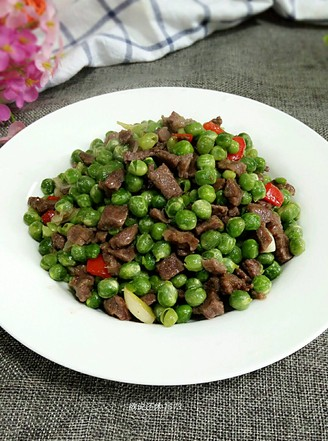 鲜豌豆牛肉粒的做法
