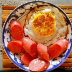 火腿肠鸡蛋早餐