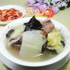 黑木耳白菜肉骨湯