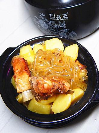 土豆粉条炖肋排的做法