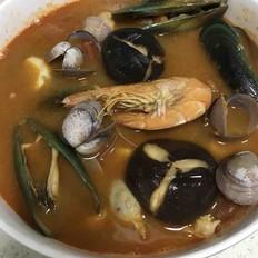 東陰功海鮮湯