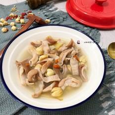 砂锅莲子猪肚汤煲