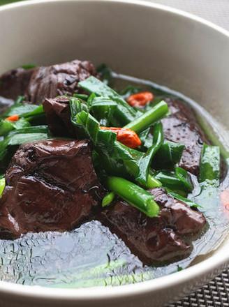 韭菜猪红汤的做法