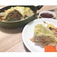 包菜、豬肉末的彩色千層