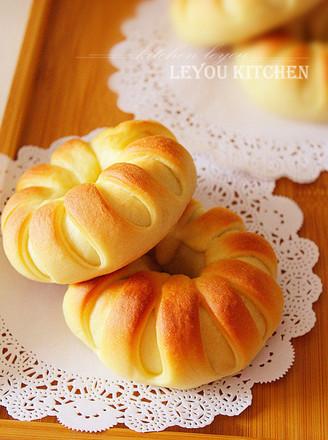 花形面包的做法