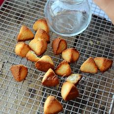 可以吃的金字塔---椰香岩饼