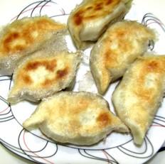 黑蟹好吃吗鲜肉小葱生煎饺的做法