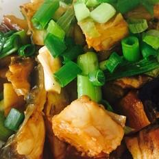 红烧腌制青鱼
