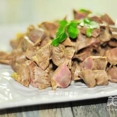 蘑菇怎么炒着好吃盐水鸡胗的做法
