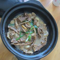 五花肉竹筍干煲