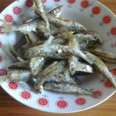 新鲜的鱼油怎么做好吃炸小鲫鱼的做法