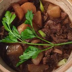 蘿卜牛腩煲
