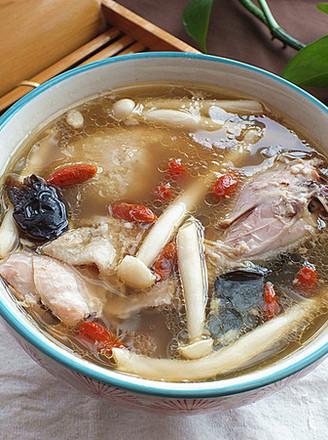 苏泊尔.海鲜菇鸡汤的做法