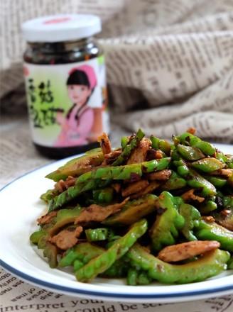 香菇豆豉苦瓜炒肉的做法