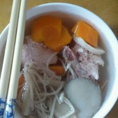 蘑菇胡蘿卜排骨湯