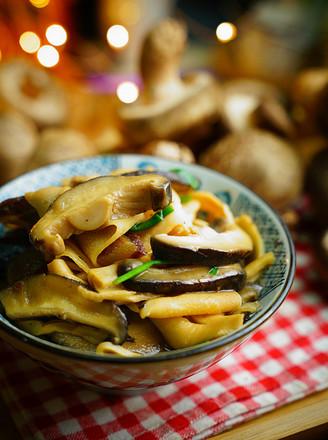 香菇焖笋片的做法