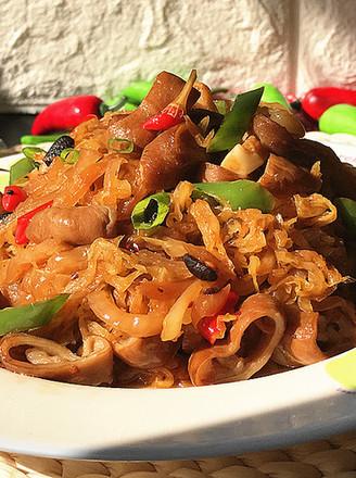 霸王超市 | 东北酸菜熘肥肠的做法