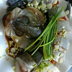 让豆腐怎么做好吃清蒸鲈鱼的做法