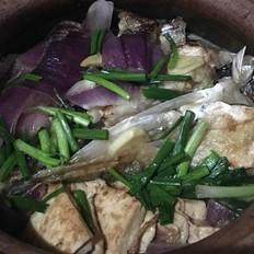 魚頭豆腐煲