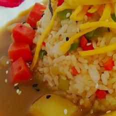 咖喱酱汁炒饭