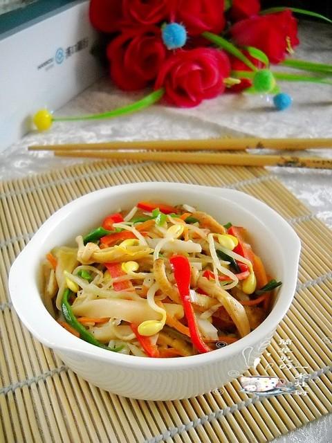 凑足八种以上食材,热炒冷食,怎么吃都不厌--素炒十香菜