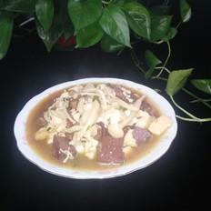 豆腐猪血炖鲜菇