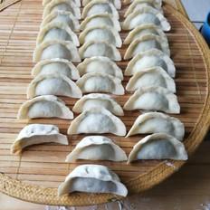 虾仁、皮皮虾、韭菜肉馅饺子