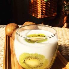 猕猴桃酸奶