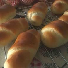 奶油豆沙馅面包卷